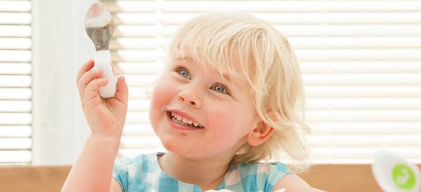 1歳からはじめる『じぶんで食べられる』の成功体験