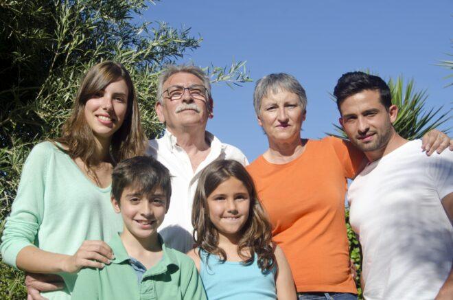 親子3世代の外国人